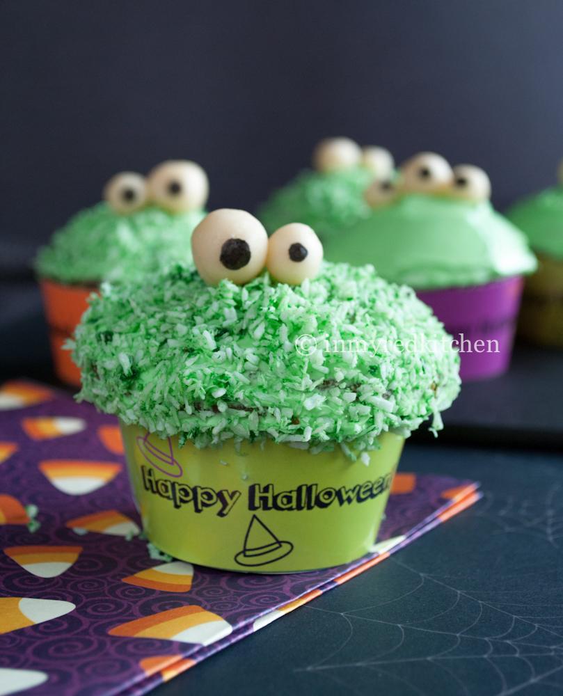 Green Monster Pandan Cupcakes 2