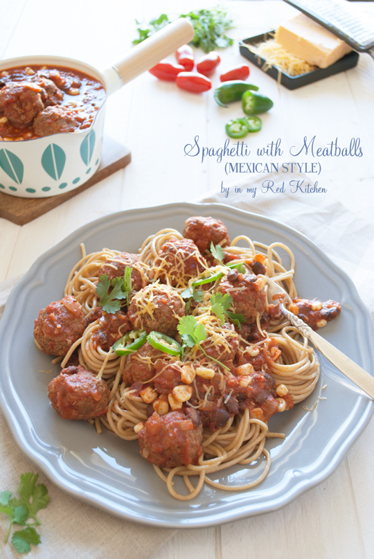 Spaghetti & meatballs - Mexican style! | in my Red Kitchen #mexican #recipe #spaghetti #meatballs