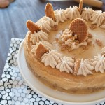 My contribution to the LA Cake Club: a Stroopwafel cheesecake! | in my Red Kitchen #stroopwafel #cheesecake #Dutch #caramel #treat