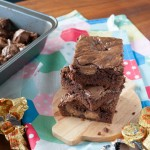 Peanut butter cup brownies to surprise my sister for her baby shower! | in my Red Kitchen #peanutbutter #peanutbuttercups #brownies #chocolate